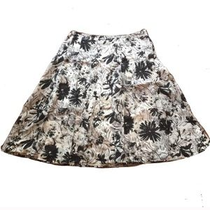 Floral Talbot's Skirt Size 8 black and white
